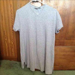 Woman's maternity medium grey top shirt
