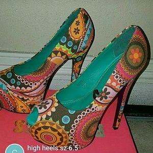 Shoes - Women's stilettos sz 6.5/7