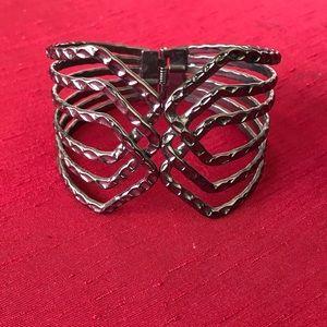 Jewelry - 🌸SALE🌸Cuff Bracelet