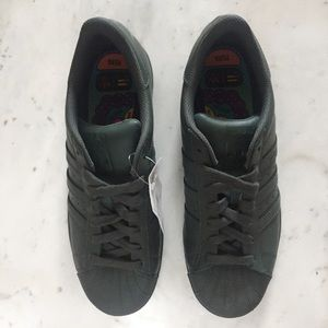 Adidas Shoes - BNWT - Adidas Superstar Supercolor