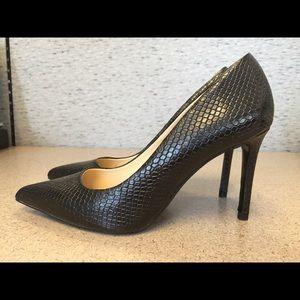 Zara Embossed Leather High Heel Shoes Black sz 6.5