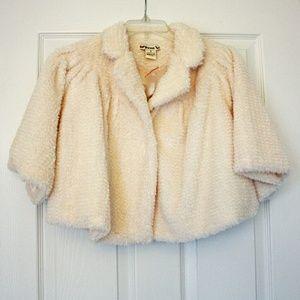 NWOT🍸F21🍸Gorgeous ivory cropped swing jacket