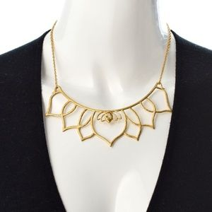 Satya Jewelry Jewelry - Satya lotus bib necklace