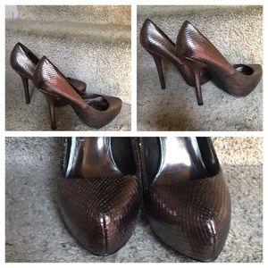 Fergie Bunny pumps Bronze Shoes 👠