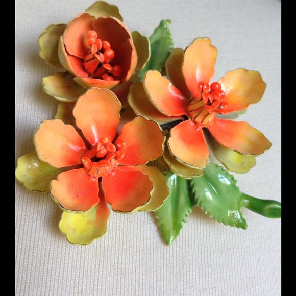 Vintage Jewelry - 💫Grandma GiGi's Bright Happiness Bouquet Brooch