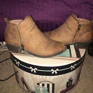 "Madden girl ""boleroo"" ankle boots "