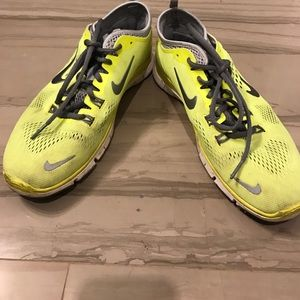 yellow nike tennis shoes on Poshmark
