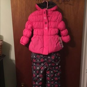 Pink Platinum Other - 🎉Awesome girls snow suit ❄️🎉SALE 🎉
