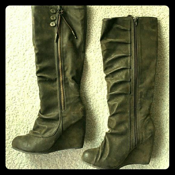 516c25229763 Blowfish Shoes - Blowfish brown wedge boots