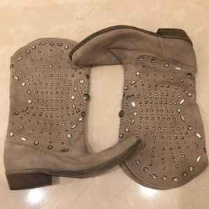 Boutique 9 Jeweled Cowgirl Boots Size 10 RARE