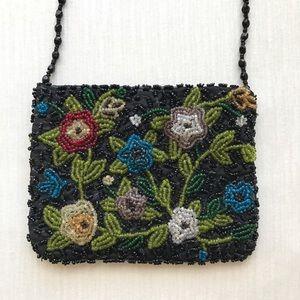 Vintage Handbags - Tiny Vintage Beaded Floral Purse 🌸