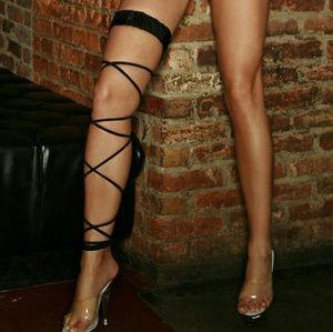 Electric Lingerie Black Twisted Leg Garter
