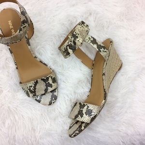 NINE WEST ankle strap snake skin wedged sandals