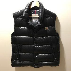Moncler Other - Moncler black vest (MEN)