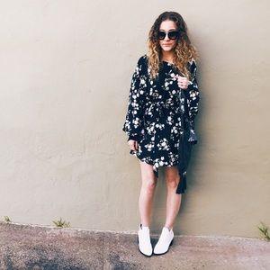 Boutique Dresses & Skirts - Floral Kimono Dress