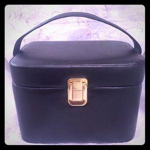 YNS Generic Handbags - Vintage Style Vanity Case/ Handbag Purse