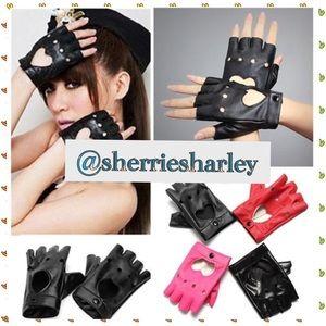 Accessories - PINK 🆕Cool HEART 💖Biker Gloves NEW