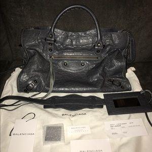 Balenciaga Handbags - 800 🅿️🅿️Balenciaga classic city gris fossile