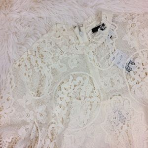 FOREVER 21 off white NWT lace dress with slip