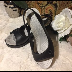 CROCS Shoes - NWOT Crocs Black Slingback Wedge, 7