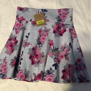 JOULES Other - 🌺JOULES gorgeous flower skirt NWT size 5-6 🌺
