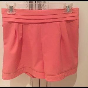 Love Riche Pants - Pretty coral color shorts size S