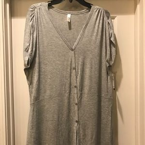 Loveappella Tops - Loveappella Grey Top 2X