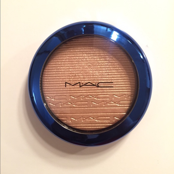 MAC Cosmetics Other - MAC Oh Darling highlighter