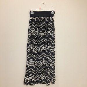 no boundries Dresses & Skirts - Chevron Daisy Maxi-Skirt