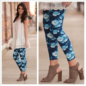 Infinity Raine Pants - 💕Blue Floral Leggings 🎉