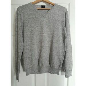 J. Crew Other - J. Crew men v-neck sweater slim fit size L grey