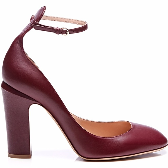 7d1858f7d6e NEW Valentino Tango Ankle Strap Leather heels 40. M 58b03c4a6d64bc14c70019b4