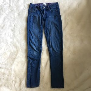 Paige Jeans Skyline Skinny Medium Wash Stretch Fit