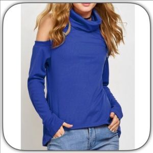 Boutique Sweaters - NWT Sweet Blue Cold Shoulder Lightweight Sweater