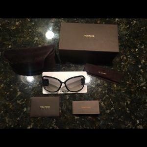 Tom Ford Accessories - 100% Authentic TOM FORD Raquel sunglasses