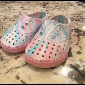 Native miller toddler size 5 sneakers