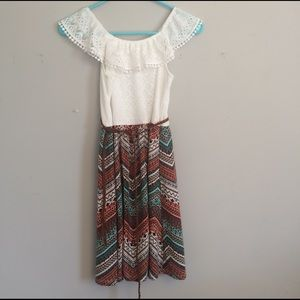 Lacy top chevron bottom cute dress with belt