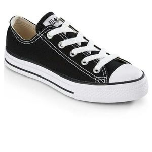Converse Other - ❌❌1Hour SALE❌❌New✴ kids Converse (Sz12)