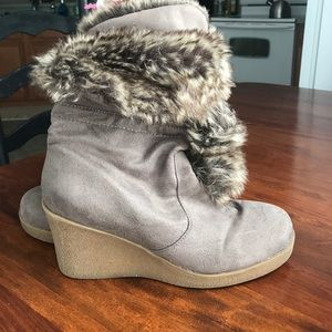 American Eagle by Payless Shoes - Fur lined winter boot