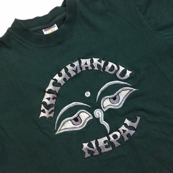Off vintage tops embroidered kathmandu eyes tee