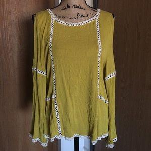 Umgee Plus Free Spirit Boho Cold Shoulder Crochet