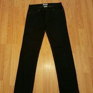 NWOT, NEVER WORN Dark Denim Jeans