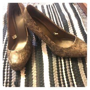 Hot Sox Shoes - Snake skin heels very cute