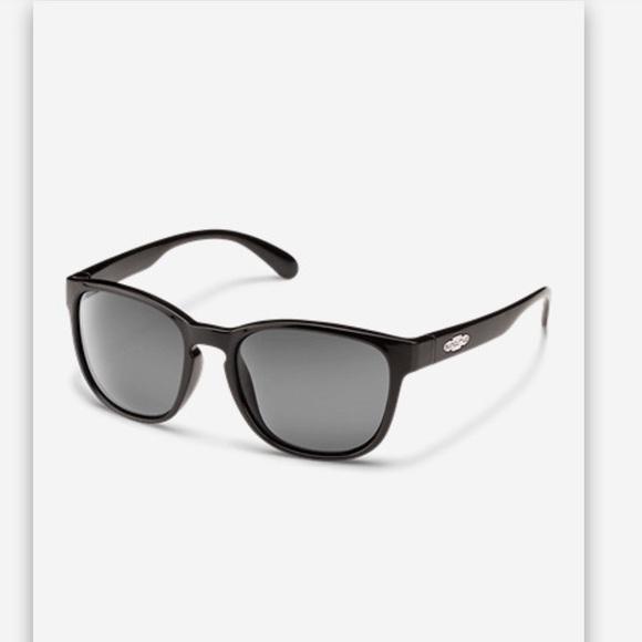 d93e90a71d5d Eddie Bauer Sun cloud loves seat sunglasses