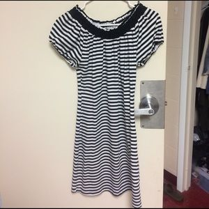 Dresses & Skirts - Black-and-white striped dress