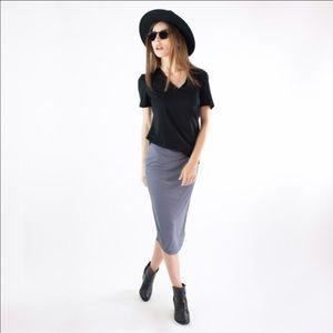 Atid Clothing Tops - Boyfriend Tee Shirt in Black