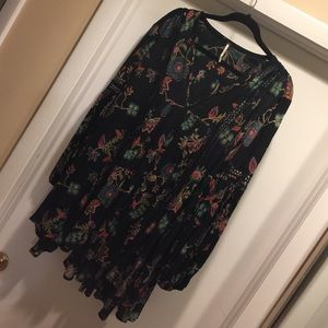 Free People (NEVER BEEN WORN) long-sleeve dress