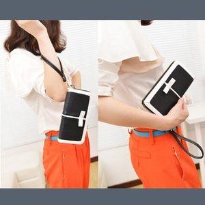 Handbags - Black and White Modern Wallet Clutch