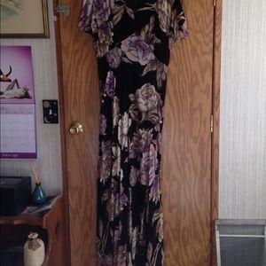Nostalgia Dresses & Skirts - Vintage Maxi Dress