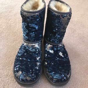 Ugg classic Sparkles in Navy